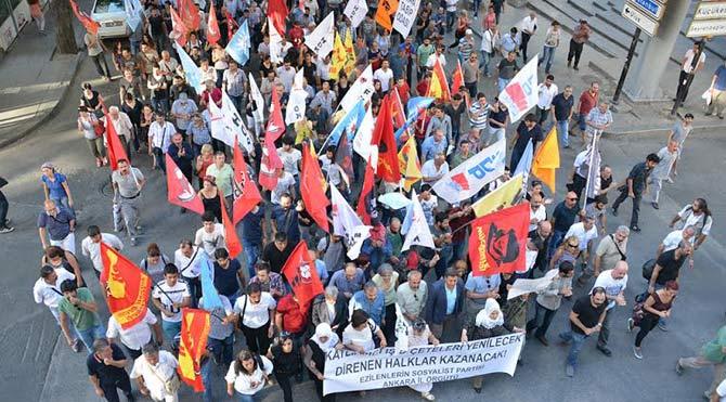 'Katliamcı IŞİD işbirlikçi AKP'