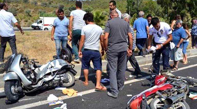 Motosiklet sürücüleri havada çarpıştı!