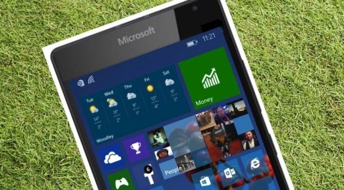 Yeni Lumia modellerinde flaşlı ön kamera olabilir