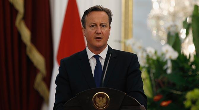 Cameron: Türkiye Kürtlere değil, IŞİD'e odaklanmalı