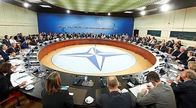NATO Türkiye için toplanıyor