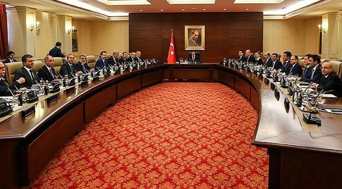 AKP'nin yeni 3 dönemlikleri