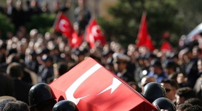 Türkiye şehitlerin ateşiyle yanıyor