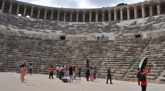 Aspendos için 'tarihi' savunma: 2 bin yıl sonra normale dönecek