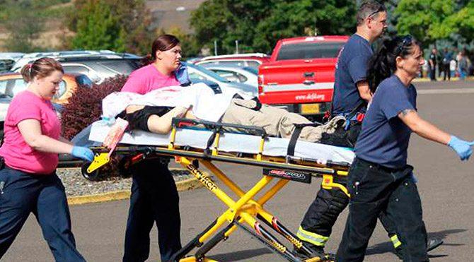 ABD'de üniversitede düzenlenen silahlı saldırıda 10 kişi öldü
