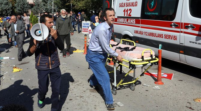 Ankara'daki patlama sonrası hekimler göreve çağrıldı