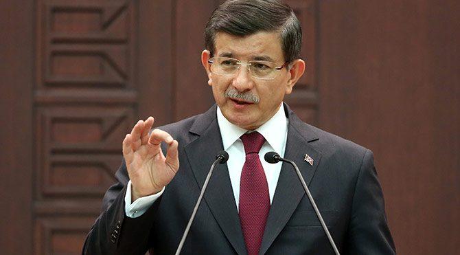 Davutoğlu'nun canlı bomba açıklaması alay konusu oldu