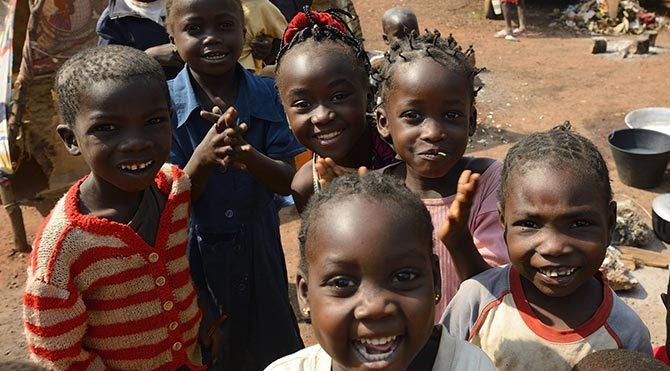Afrika'da açlığa karçı ağaç kampanyası