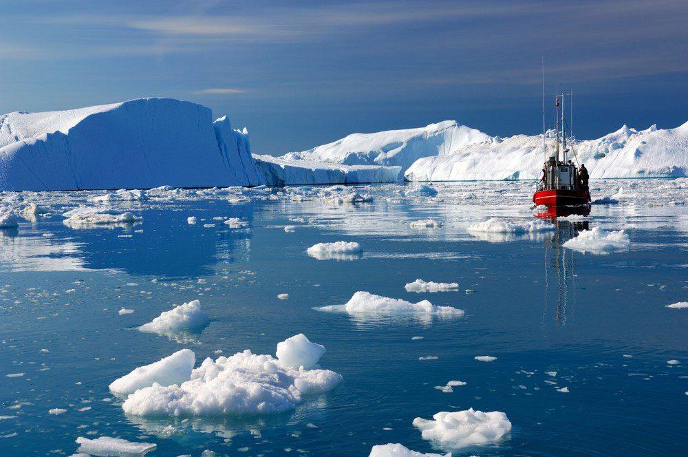 Grönland hava sıcaklığı 22 derece; temmuzda yaklaşık 200 milyar ton buz kütlesi eridi