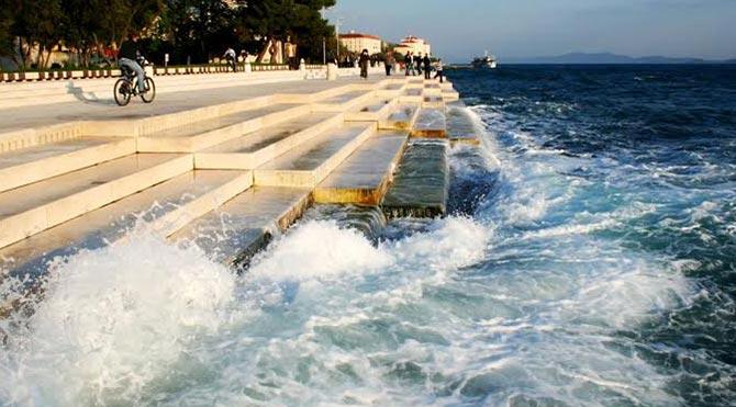 70 metrelik deniz orgu, dalgaları müziğe dönüştürüyor