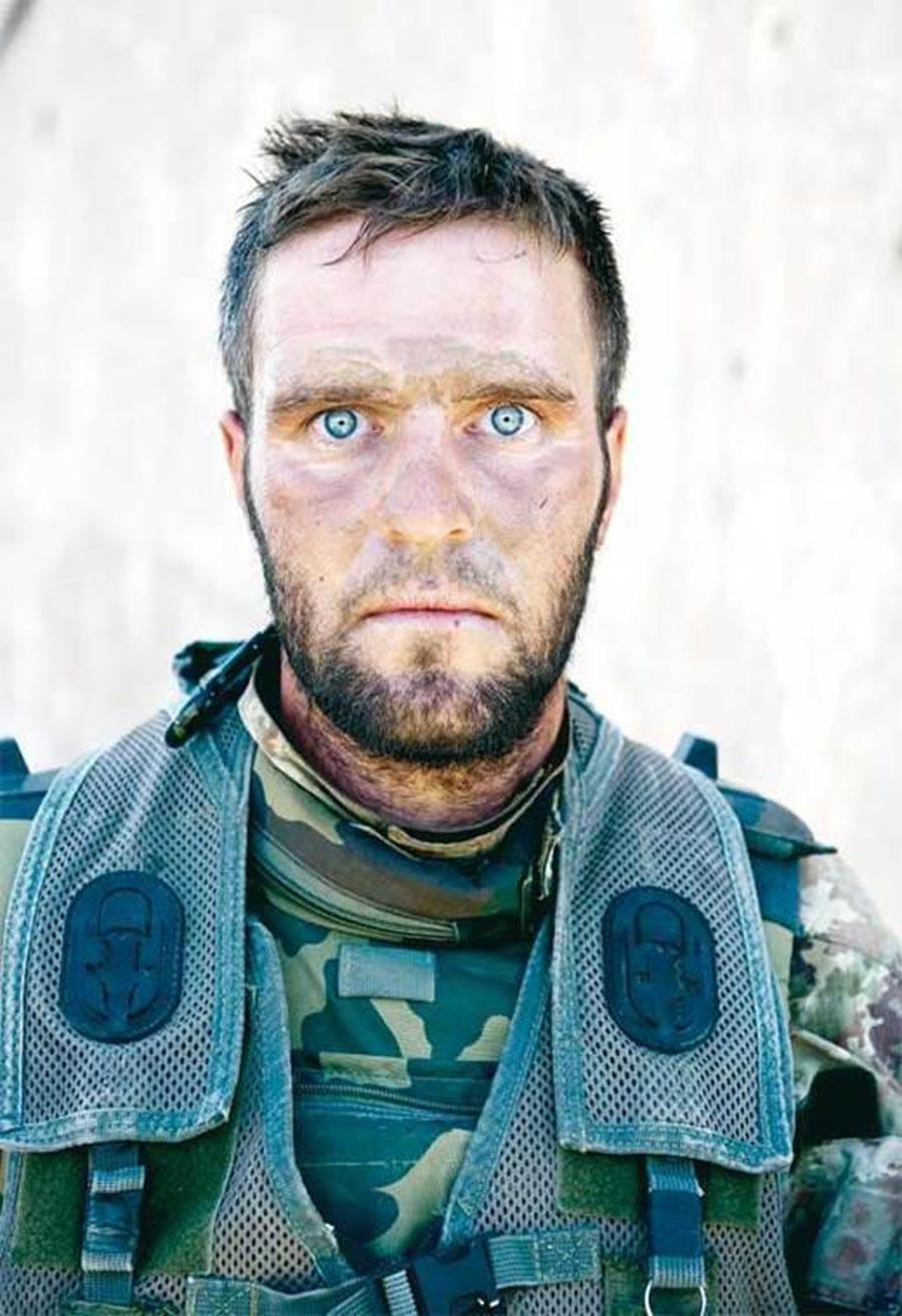 2010 Şok İtalyan Onbaşı Antonio Metruccio, Afganistan'da 72 saat süren…