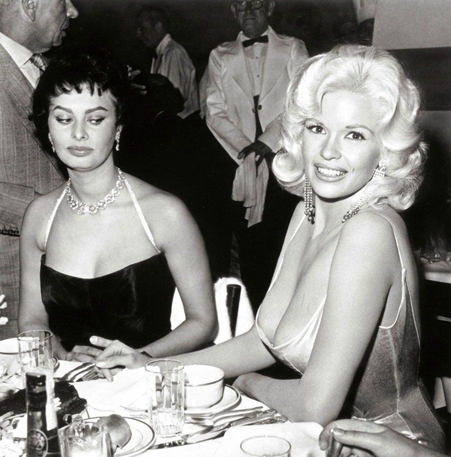 12 Nisan 1957 Kıskançlık Sophia Loren ve Jayne Mansfield, 20th…