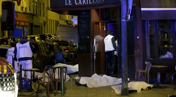 Paris'teki kanlı geceden görüntüler