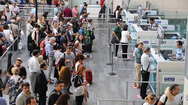 Yolcu sayısı 5-6 milyon azalacak