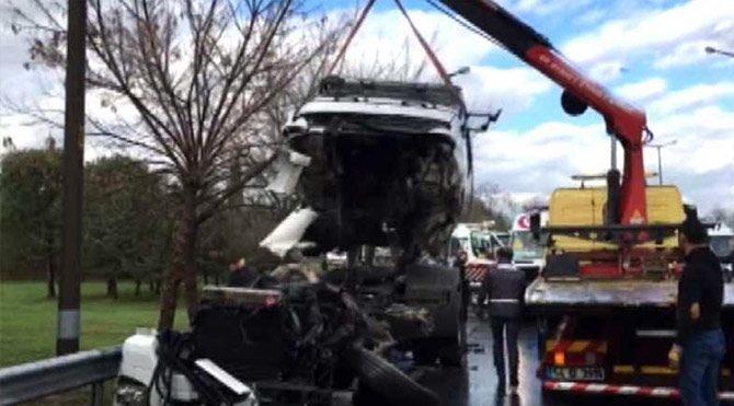 Adapazarı'nda kaza: 30 yaralı
