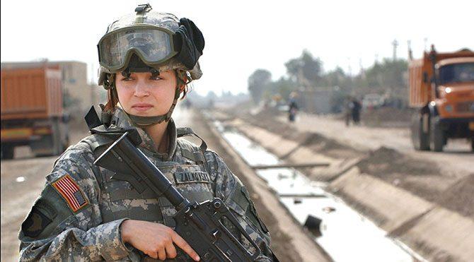 Amerika, kadın askerleri cepheye sürüyor