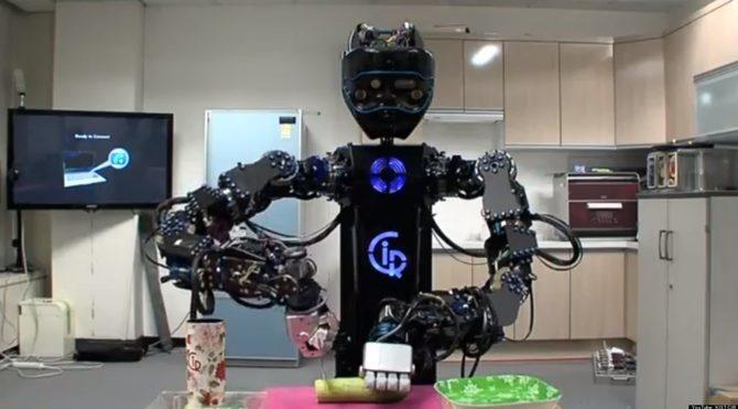Jetgiller gerçek oluyor! Ev işi yapabilen robot geliştirildi!