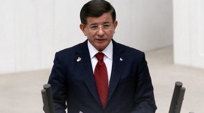 Davutoğlu'ndan Bakü'de Rusya mesajları