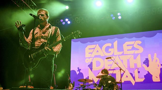 Eagles of Death Metal Paris'te yeniden sahnede