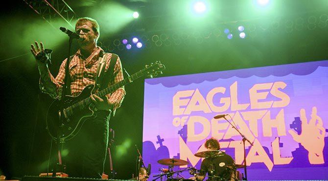 Eagles of Death Metal Paris'te yeniden sahnede