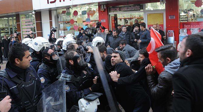 Sivas'ta SİDEMİR işçilerine polis müdahalesi