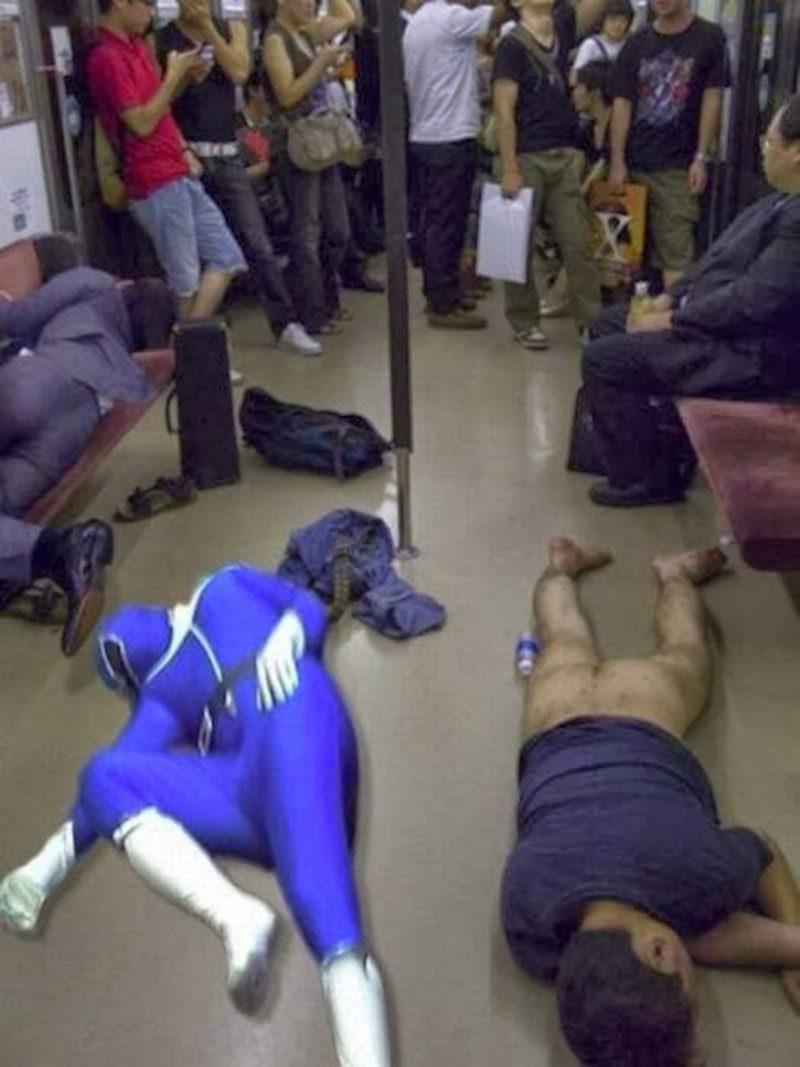Русский секс в общественных местах общественном транспорте в театрах 24 фотография