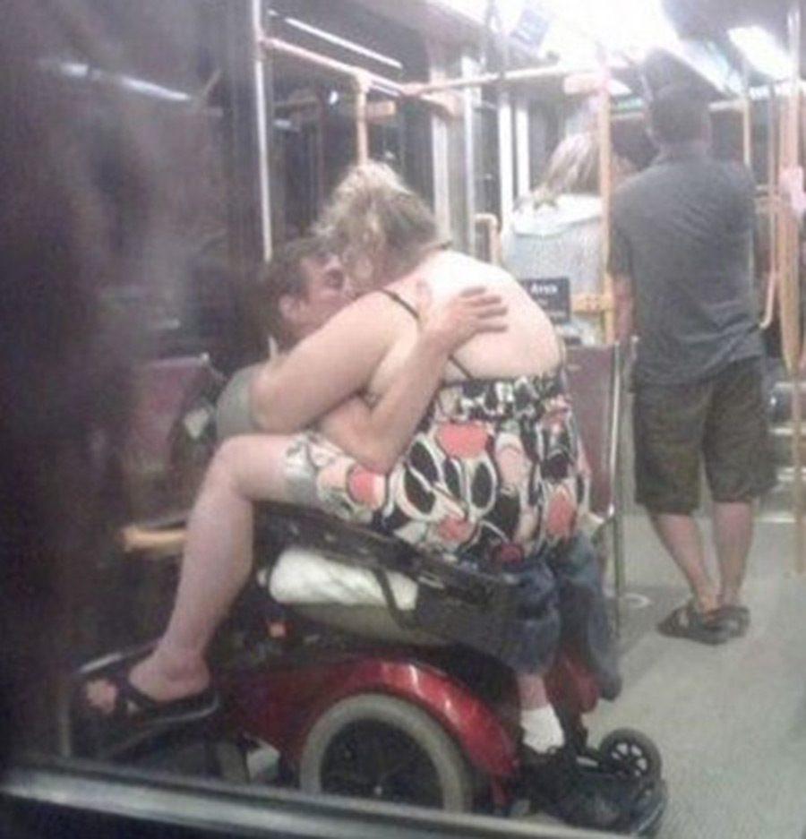 Самые сексуальные пассажирки общественного транспорта фото 3 фотография