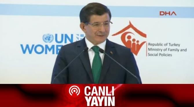 """Davutoğlu: """"Birbirimize sarılarak ağladık"""""""