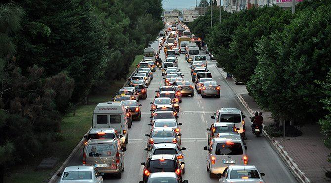 Trafiğe kayıtlı araç sayısı 20 milyona yaklaştı