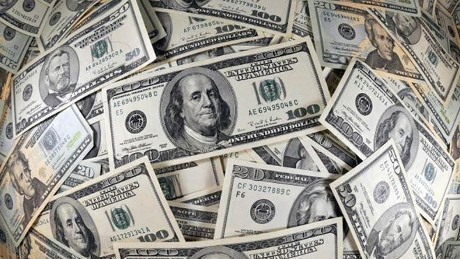 Dolar fırladı: 2,96'yı aştı