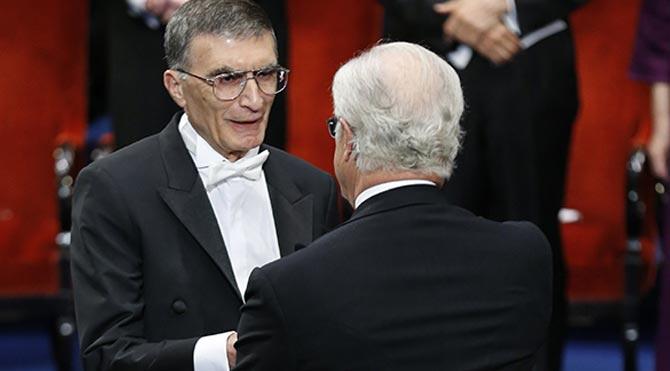 Aziz Sancar ödülünü Anıtkabir'e götürecek