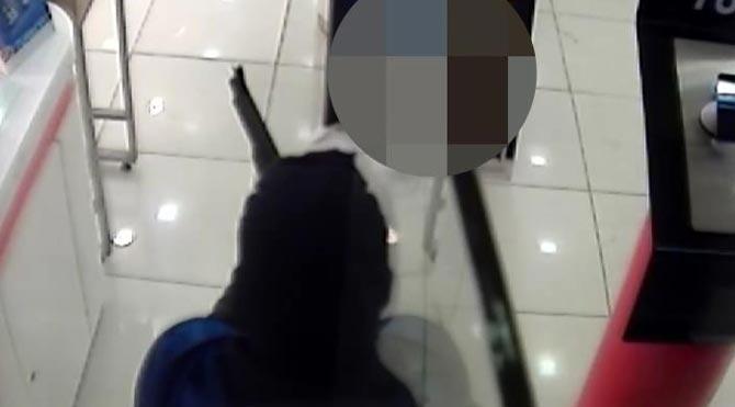 Pompalı soygun kamerada