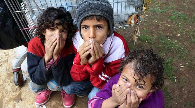 Türkiye'den savaşı izleyen Suriyeli çocuklar da mağdur!