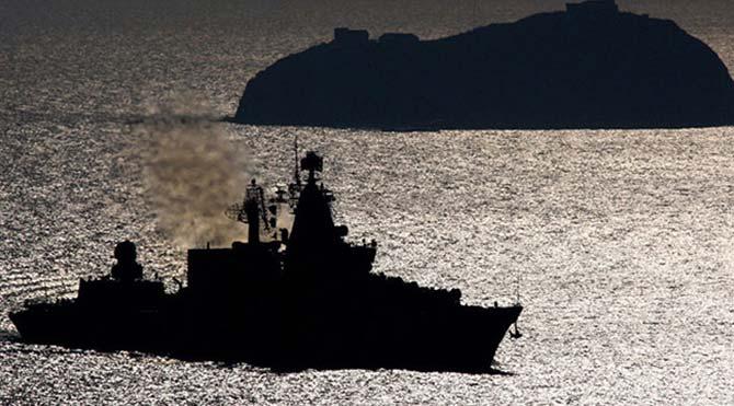 Rus sahil güvenlik gemisi Türk ticari gemisini Karadeniz'de taciz etti