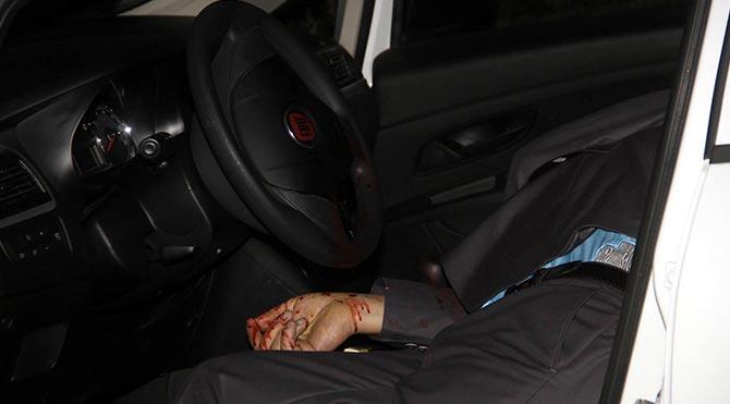 Otomobilinde başından vurulmuş halde bulundu