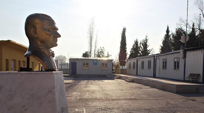 İzmir'de konteynerli eğitim!