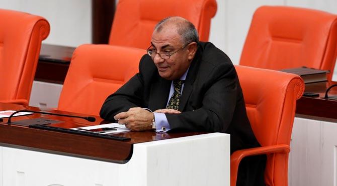 Tuğrul Türkeş'e MİT TIR'ları sorulunca Nasrettin Hoca fıkrası anlattı
