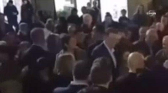 İspanya Başbakanı Rajoy'a yumruklu saldırı