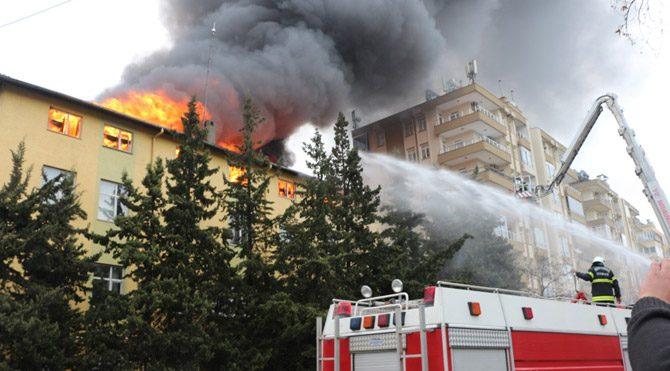 Kahramanmaraş'ta öğrenci yurdunda yangın çıktı