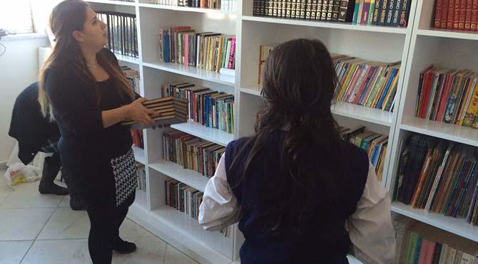 Sınırsızlar ilk kütüphanesini Ağrı'da açtı!