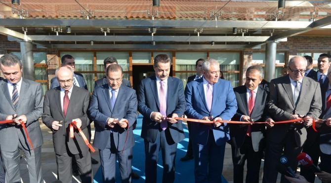 Bakan Çelik: EXPO 2016 Antalya için 16 ülke imza attı