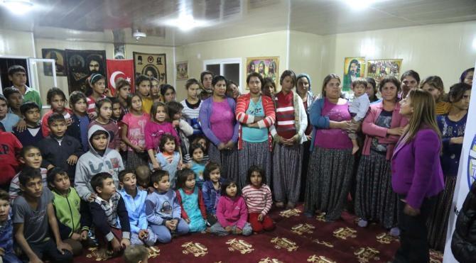 Kapı kapı gezip Roman çocukları okula kazandıracaklar