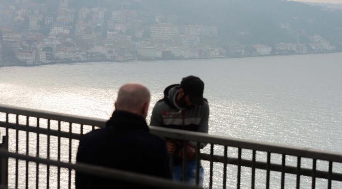 Boğaz Köprüsü`ndeki intihar girişimine Cumhurbaşkanı Erdoğandan müdahale( 1)
