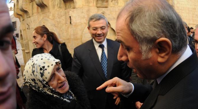 Bakan Ala, Mardin`de esnafı ziyaret etti