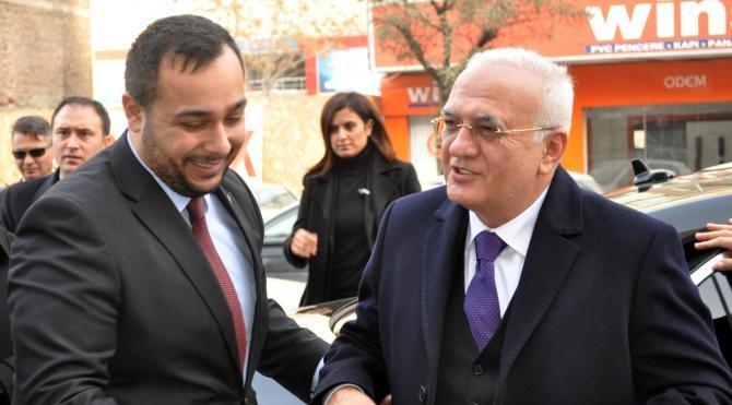 Bakan Elitaş: Bölücülere ve parelcilere `defol git` diyebilirsek Türkiye`nin önü aydınlık (2)