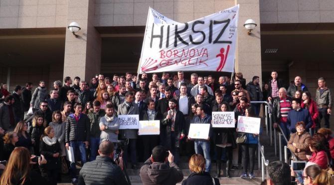 Duruşma sonrası basın açıklamasına hakaret soruşturması