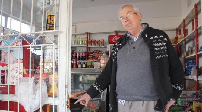 Hırsızlar 2 ayrı marketten 15 bin TL`lik sigara çaldı