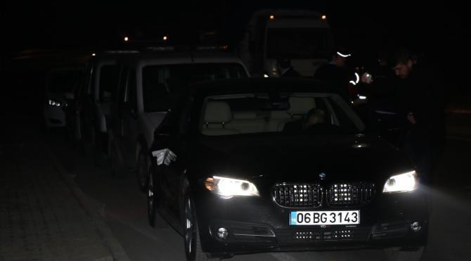Lüks otomobilinin içinde vurulmuş olarak bulundu
