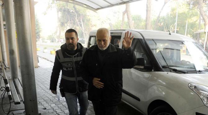 Eski Rektör Sedat Laçiner gözaltında (2)
