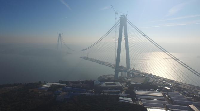 3.Boğaz köprüsüde birleşmeye 391 metre kaldı